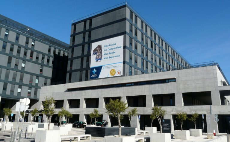 Contratos abusivos impedem hospital de V.F. de Xira de contratar novos enfermeiros